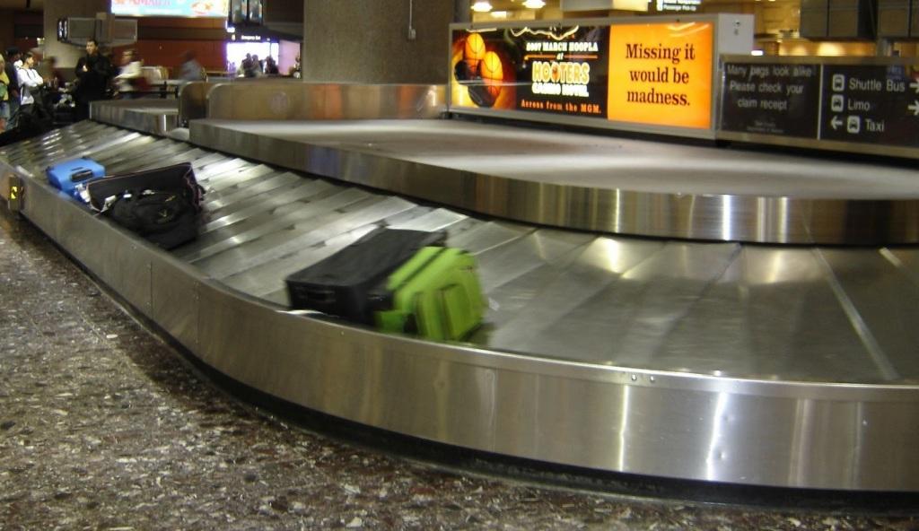 Gimana Sih Prosedurnya Kalau Bagasi Tertukar di Bandara?