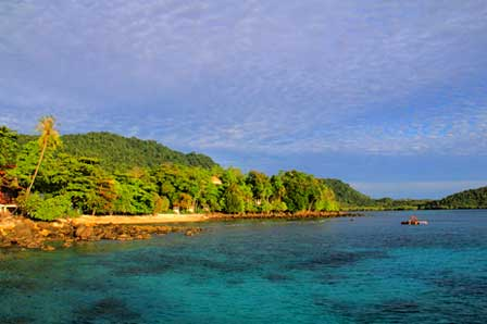 Pantai Gapang, photo by indonesia.travel