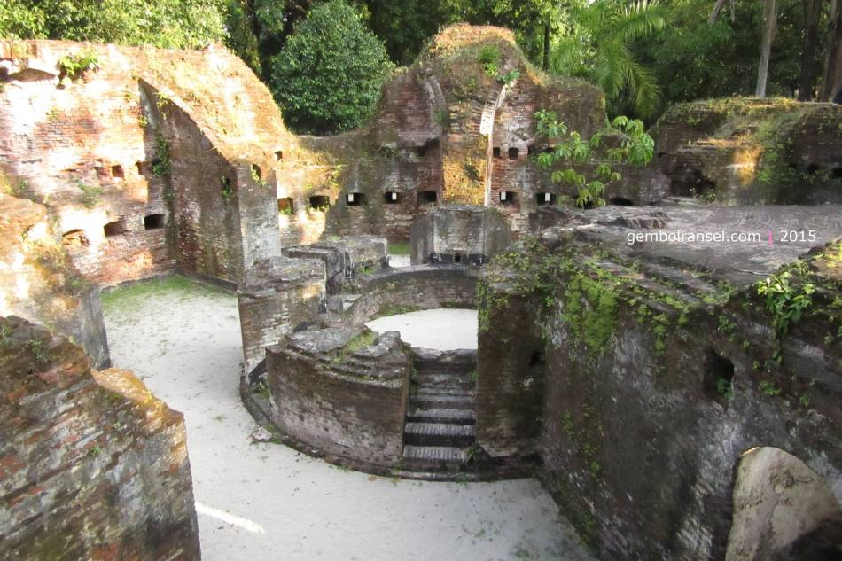 Benteng Martello di Pulau Bidadari