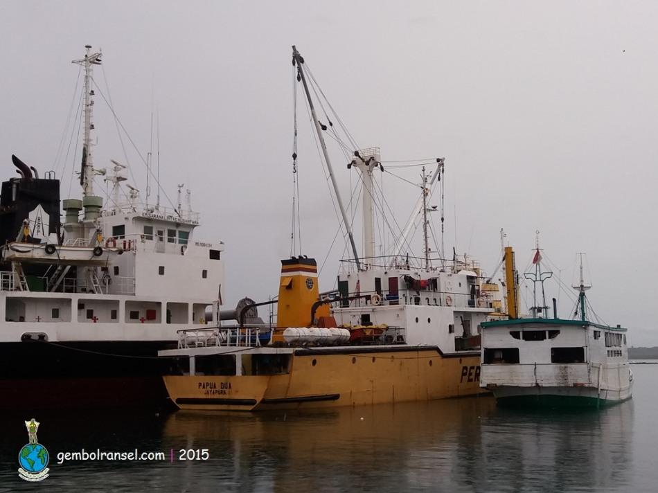 Pelabuhan Badas