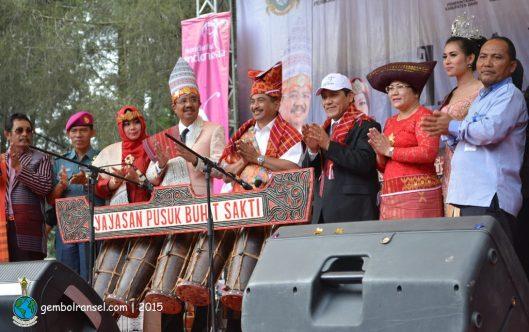 Festival Danau Toba 2015 dibuka oleh Menteri Pariwisata
