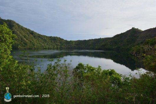Danau Satonda dari atas bukit